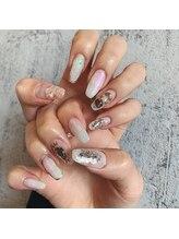 ルーチェネイル(Luce nail)