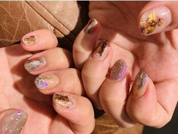 ロミーネイル(ROMY nail)