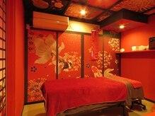 トータルビューティーサロン 琉月の雰囲気(個室・エステ・まつ毛室。遊び心のある和の空間をお楽しみ下さい)