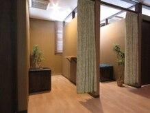 ウームの雰囲気(よもぎ蒸し部屋も完全個室。人目を気にせずゆっくり温浴できます)