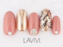 ラヴィヴィ 表参道店(LAVIVI.)/ミラーネイル 表参道店