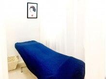 マツゲセンカの雰囲気(施術中しっかり休んでいただけるリクライニングベッド♪)