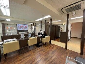 ネイルサロンファストネイルプラス 新宿店(FAST NAIL PLUS)(東京都新宿区)