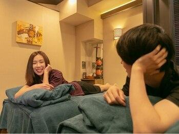 アロナ スパ 渋谷店(ARONA SPA)の写真/翌4時まで営業♪カップルはもちろん、ご夫婦・親子のご利用も大歓迎!!人気のペアルームでのんびり♪