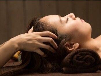 いちおし健康館 高円寺の写真/《高円寺1分》凝り固まった頭の筋肉を心地よい強さで揉み解す♪【ドライヘッドスパ+眼精疲労60分¥4980★】