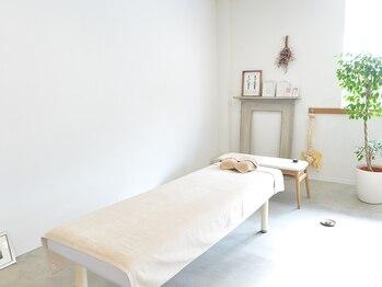ボディサロン ピカパウ(Body Salon PICA-PAU)の写真/【忙しい毎日に休息を★】貴方だけのボディケアをご提案。アロマ香る店内とお洒落なインテリアがお出迎え♪
