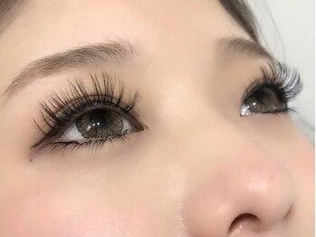 ラフ アイラッシュ アンド アイブロウ(ROUGH Eyelash&Eyeblow salon)の写真/話題のボリュームラッシュ☆まつ毛が少ない/もっとボリュームが欲しい方へ!短い時間で満足の時短メニューも