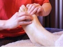 指ラックスの雰囲気(足裏リフレは、足のむくみ、内蔵・各器官の活性化にも◎)