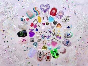 バレンタイン(Valentine)の写真/〈持ち込みデザインOK〉サンプルも豊富にご用意☆ご提案もしっかり!こだわりのネイルを作りましょう♪