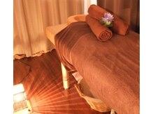 リラクゼーションアンド整体サロン 睡蓮(suiren)の雰囲気(照明を落として、落ち着いた空間での施術で癒されて下さい。)