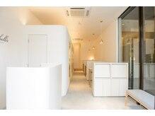 アンベリール 横浜西口(Embellir)の雰囲気(広々とゆったりとした居心地の良い空間で癒しのひと時を...)