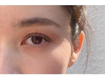 ラシク バイ ワイビー(lacicu by y.be)の写真/服装・瞳・メイクに合わせたカラー&デザインでお洒落度UP♪目元の印象をchange!エリアで希少な4色brownも◎