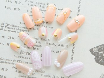 ネイル ペルレ(nail perle)の写真/大人女子必見☆上品・キレイ系・飽きのこないデザインにキュンとする♪月に1度、自分磨きしませんか?