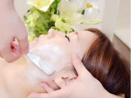 total beauty salon クリスタルフェイス