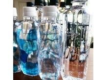 和屋の雰囲気(水分補給に、ミネラルウォーターのペットボトルをプレゼント)