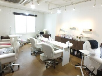 ネイルサロン アウリィ(Nail Salon Aulii)(北海道札幌市中央区)