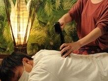 さくらびよりの雰囲気(北タイ伝統療法のひとつ【トークセン】木槌の振動で全身解します)
