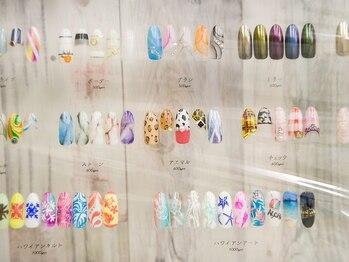 ネイルサロン マーメディア(Mermaidia)の写真/【持込みOK】繊細アートで周りと差のつく指先に!再現性と高いデザイン性で毎日指先を見るたびHAPPYになる♪