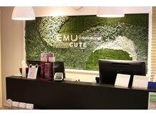 美容室「EMU international 白岡 CUTE」内のサロンです。