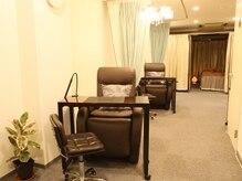 ゾーイ サロン(zoe salon)の雰囲気(広々とした高級感溢れる店内で、落ち着いて施術が受けられます。)