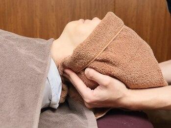 もみ~な 綱島店の写真/的確にもみほぐすことで血行促進・肩こりや腰痛の改善◎後頭部から首にかけて丁寧に施術させていただきます