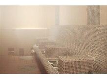 トータルケアハウス エイチ・ツー・オー A-cura 三宮店(あくら)の雰囲気(デトックス効果や肩コリ&ストレスも緩和するハーブ蒸し岩盤浴)