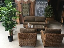 アジアンリラクゼーションヴィラ 甲府平和通り店(asian relaxation villa)の雰囲気(ソファ、待合室)