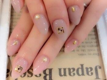 アンベリィ ネイル(embellie nail)の写真/OLさん必見☆落ち着いたデザインで上品で美しい指先に♪初めての方も長年ネイルを楽しんでいる方にも◎