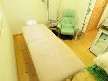 リラクセーションルーム ミズノ(Relaxation room MIZUNO)の雰囲気(施術ベッド・チェア)