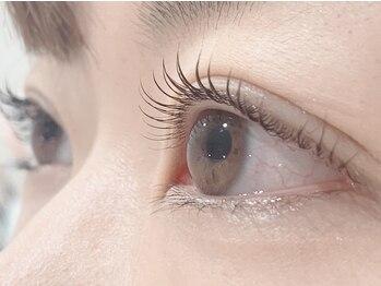 アンドアール 上野(Emd.R)の写真/毛質・カール・長さを調整し大人可愛い目元へ♪種類も豊富なのでお好みのデザインご相談下さい☆