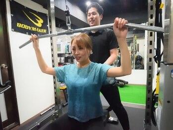 リフレッシュメント トレーニングジム(Refreshment Training Gym)の写真/【初回体験¥3300】経験経富なトレーナーが楽しくボディメイク♪京橋駅30秒なので、通いやすさも魅力♪