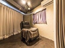 ベレッタカシル(veretta.cacil DryheadSpa&Eyelash)の雰囲気(全室個室&無重力リラクゼーションソファで究極の癒し空間♪)