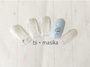 nail&eye 美・Masika_デザイン_02