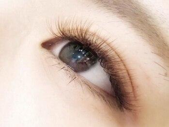 ブルーアイラッシュ(bleu eyelash)の写真/[初回オフ無料!3Dボリュ-ムラッシュ100束(300本)¥6050]経験豊富&高技術でお悩みに合わせた美しい仕上がりに