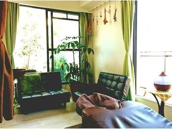 ほぐし処 ラクヤ(RaKuYa)の写真/[マンツーマン対応]施術中の室内は入室から退室までお客様とオーナーのみ。周りを気にせずに過ごせます。