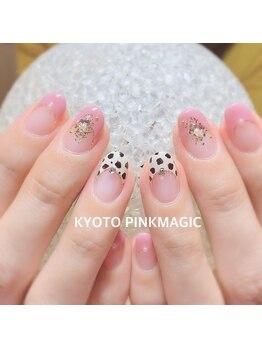 ピンクマジック(PINKMAGIC)/ダルメシアン×ピンク