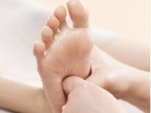 足裏の反射区を刺激!血流を促進し,活性化!!スッキリ軽い足へ♪