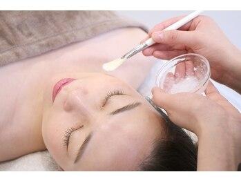 クリアリー(clearly)の写真/再生美容ヒト幹細胞導入☆リアボーテハーブピーリングで肌トラブルを徹底改善!内側から美しくなる美肌法。