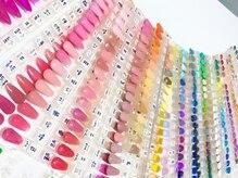 キャンアイドレッシー 川崎東口店の雰囲気(200色以上ご用意!一緒にピッタリのカラーを見つけましょう☆)