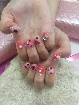 ネイルサロン パピリオ(Nail Salon papilio)/ピンクハートネイル