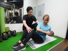 リフレッシュメント トレーニングジム(Refreshment Training Gym)/くびれを作るためのトレーニング