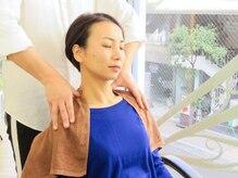 頭と首と顔のマッサージ パチューカ(PACHUCA)の写真