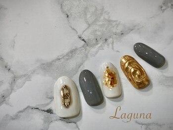 ラグウナ(Laguna)/ゴールドの秋ネイル