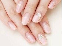 魅せる指元で、いつまでも美しく。自爪のケアにも◎