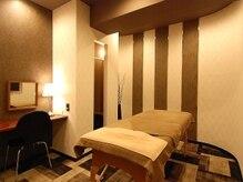 プレミアム全身脱毛シースリー 神戸三宮店/ドレッサー有、密回避の完全個室
