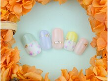 ネイルサロンアンドスクール グーフィー(nail salon&school goofy)/小花柄アートネイル