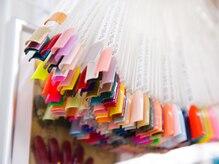 300色以上の豊富なカラー
