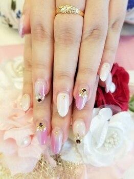 トリーシア(Nail & Beauty Salon Tri-xia)/グラデーションカラーネイル