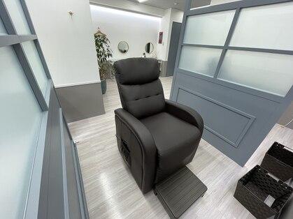 S. brow salon