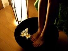 リラクゼーションサロン コトノハ(KOTONOHA)の雰囲気(まずは足湯で温めて、施術前のお客様にリラックスして頂きます)